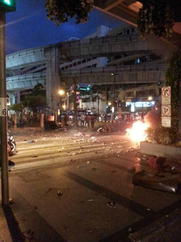 bangkok blast photo by Sudrudee Bee Maneerod 3